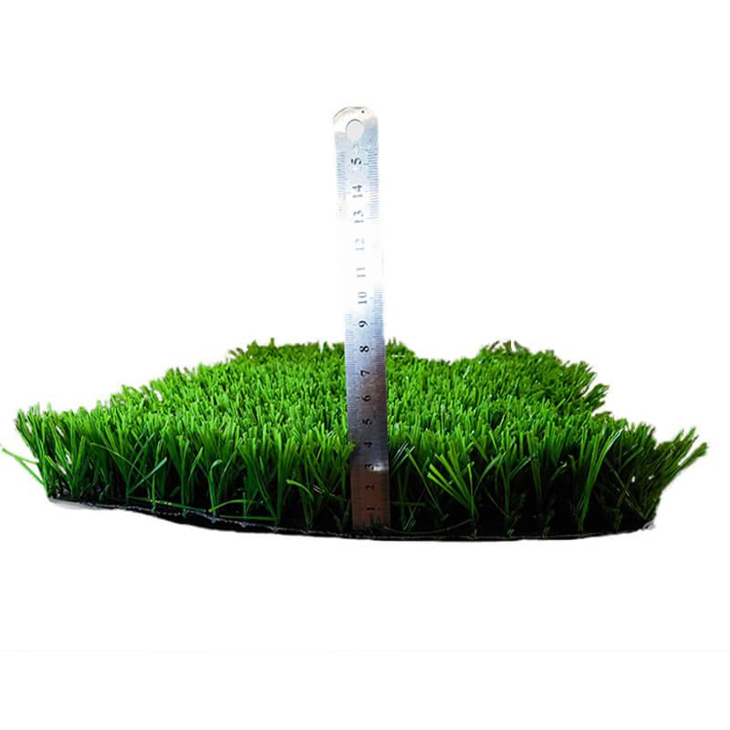 Garden-artificial-gras-1