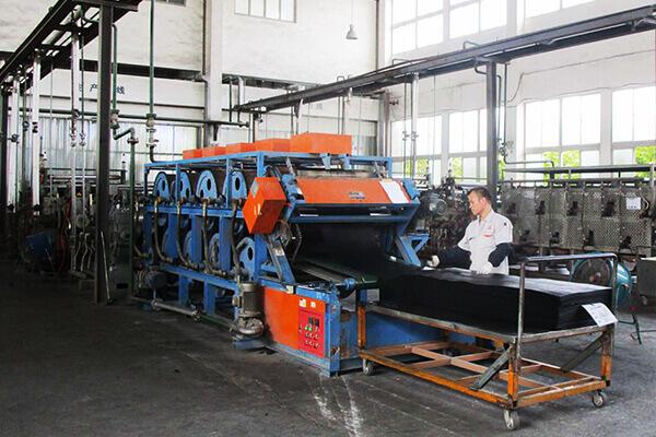 Rubber-floor-mat-factory-1