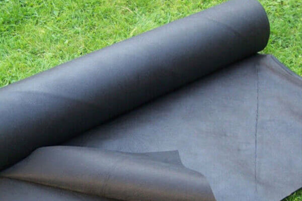 nonwoven-weed-mat-features-1